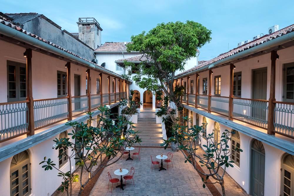 1 fort-bazaar.jpg