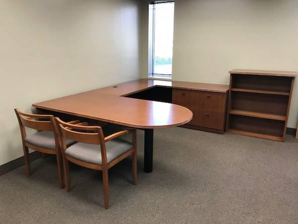 Steelcase Veneer U Desks U2014 OEB | Used Office Furniture Minneapolis