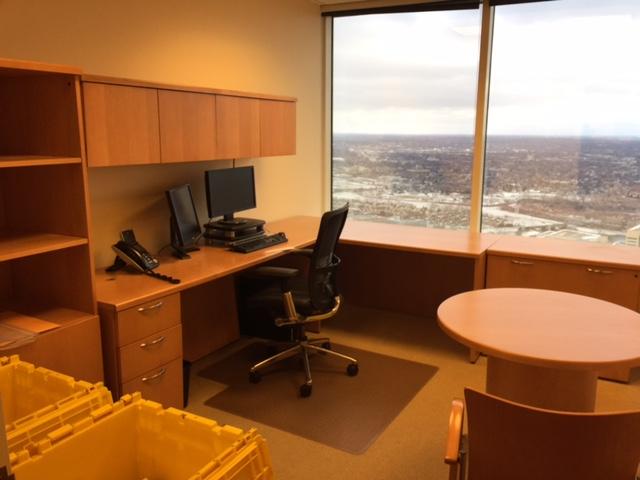 Krug L Desk U2014 OEB   Used Office Furniture Minneapolis