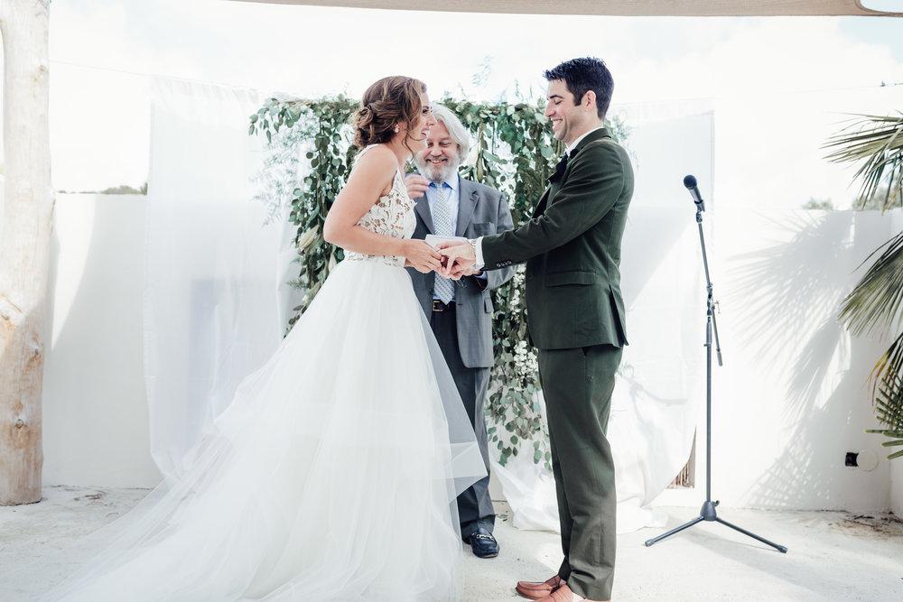 Tessa and Colin- Mas Santo- Blog 17 (48 of 116).jpg
