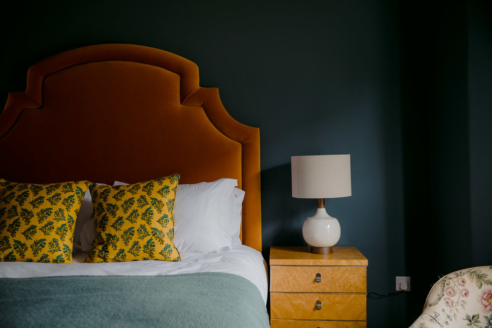 The Rose, Deal