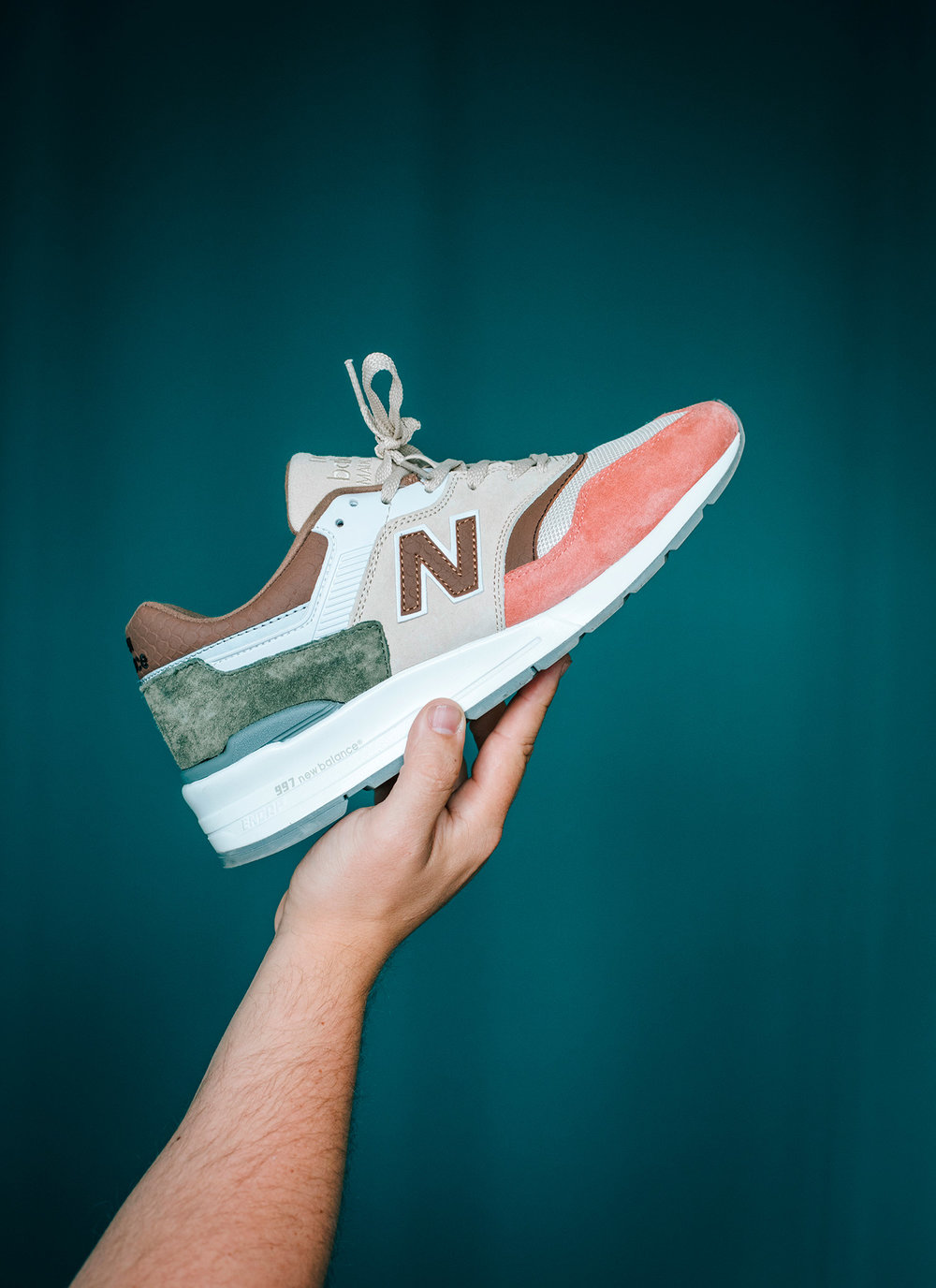 His New Balance 997 Desert Heats