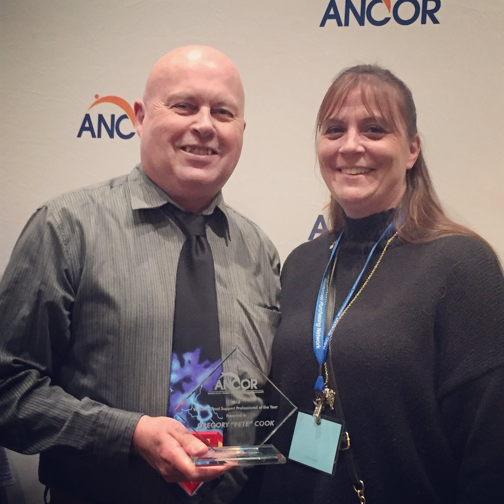 Vermont DSP of the Year, Pete Cook with GMSS Developmental Services Program Manager, Stephanie Lindgren at the 2018 ANCOR Conference