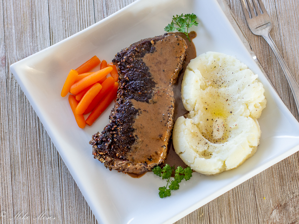 The finished Steak au Poivre,