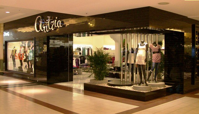 Aritiza exterior, by Beyersbergen Interiors, a commercial interior construction company in Edmonton,ALberta