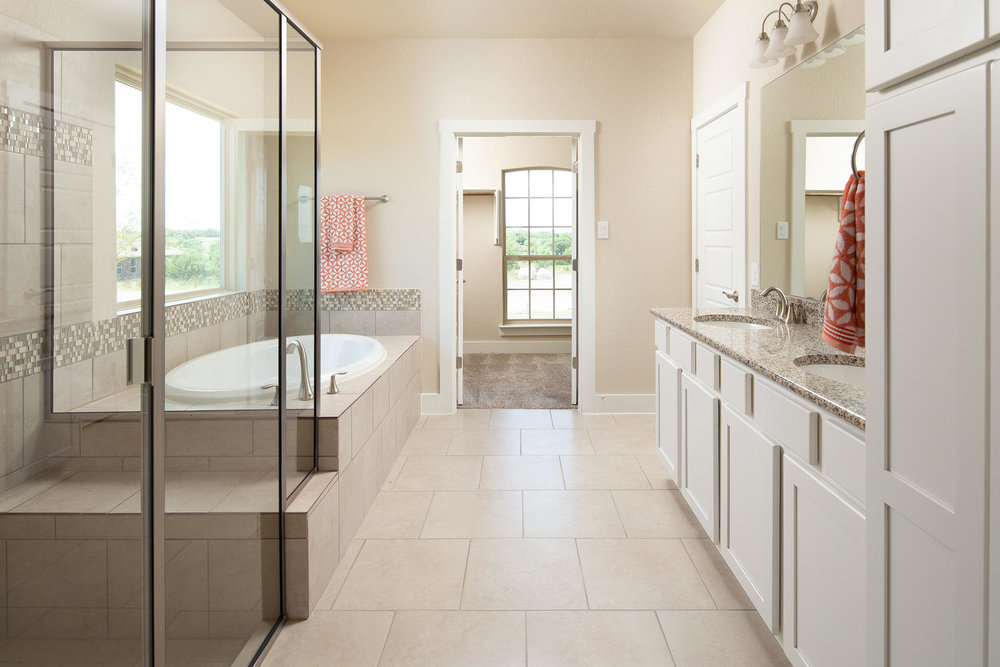 103 Jeff Vaughn Blanco TX-large-010-8-bath1-1500x1000-72dpi.jpg
