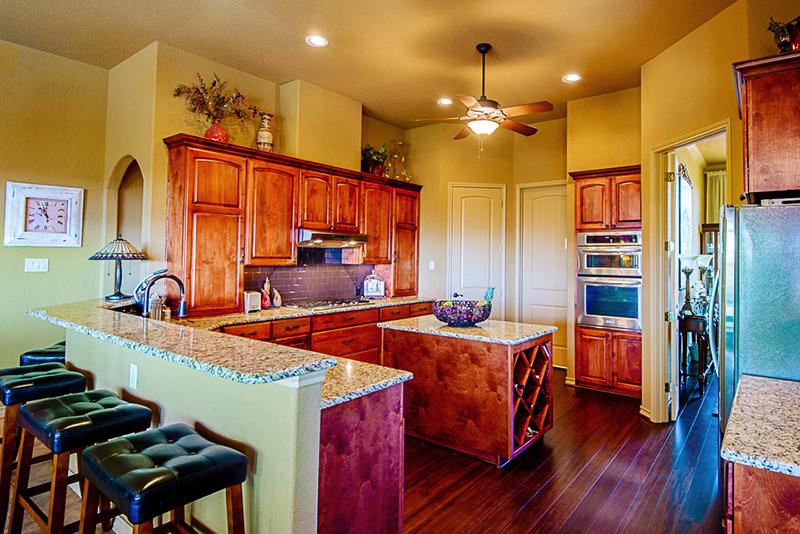 196-brae-point-kitchen.jpg