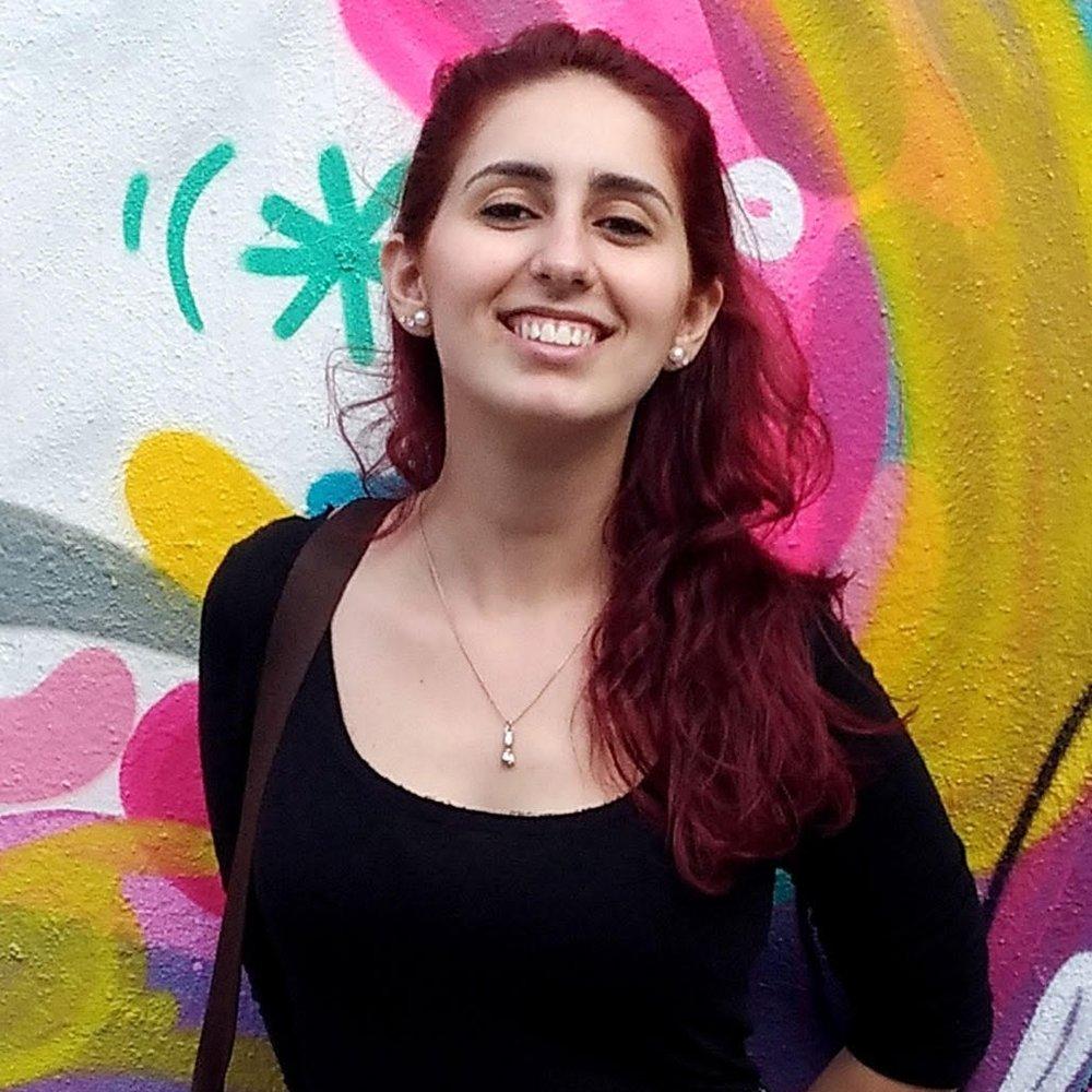 Érica Oiticica - Graduanda em Arquitetura e Urbanismo pela Universidade Federal de Juiz de Fora - UFJF Minas Gerais.