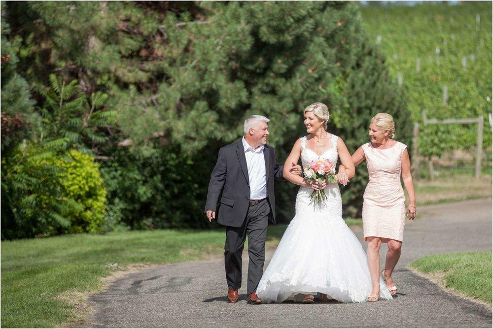 Janelle_wedding_BJ_0127.jpg