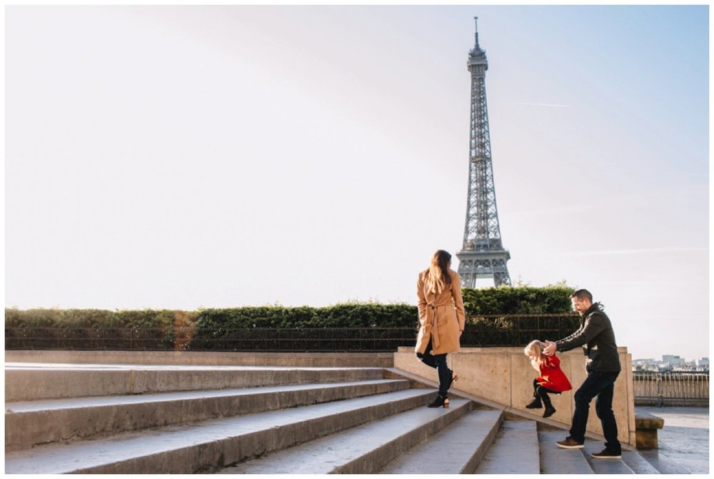 Morcombe-Paris-Family-2_ST