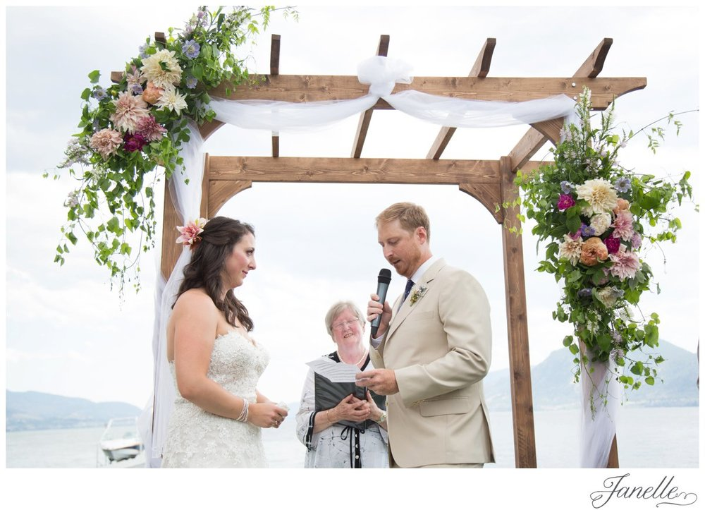 BS-Wedding-Janelle-101_ST