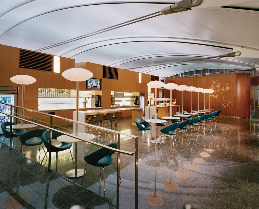 WEB-AC-Int'l-Maple-Leaf-Lounge-TPIA-05.jpg