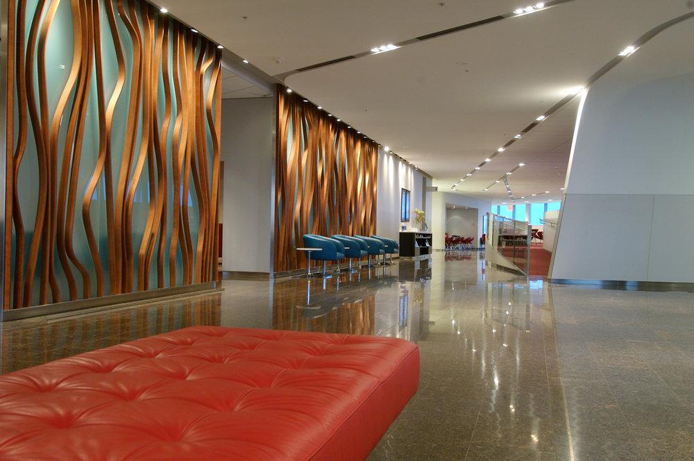 Toronto-Transboarder-Maple-Leaf-Lounge-WEB.jpg