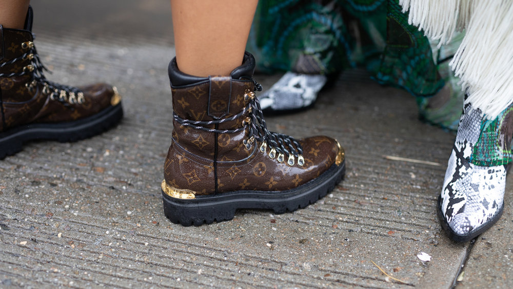 hiking-boots-gettyimages-1031125470.jpg