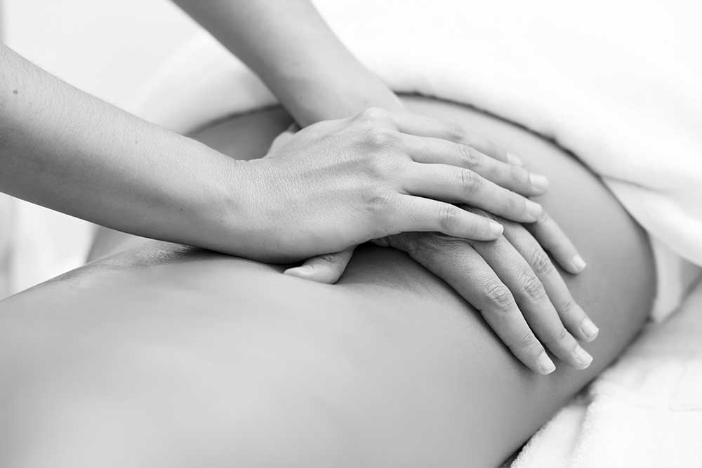 Licensed Massage Therapists - Advanced Physical Therapy's massage therapy by licensed massage therapists relieves physical stress, reduces common aches and pains, and helps clients maintain optimal levels of health and well-being. Treatment is guided by the client and tissue-response, with emphasis on using the right technique and correct pressure to yield the results that make a difference for daily life.