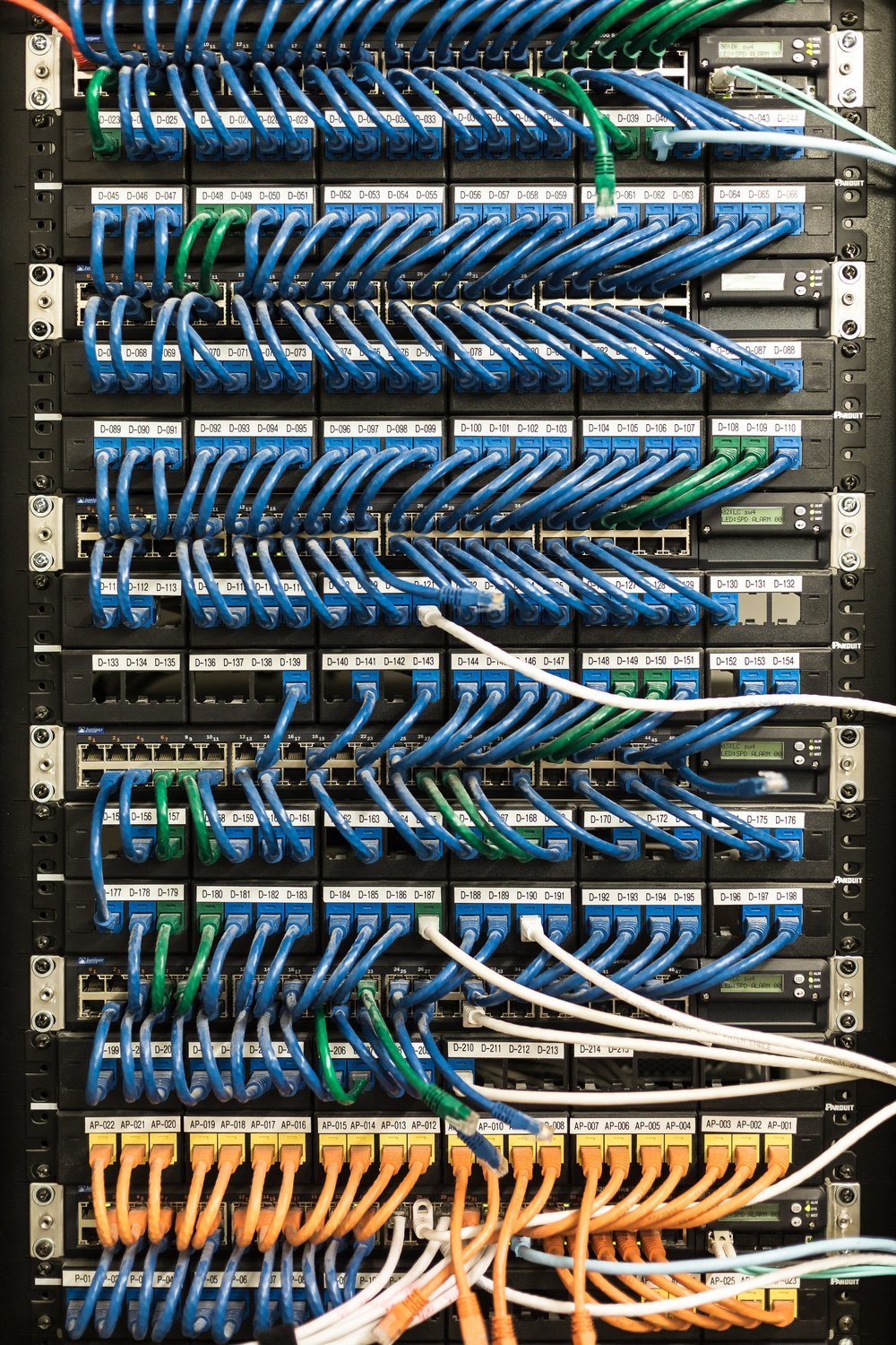 server-room-cables_4460x4460.jpg