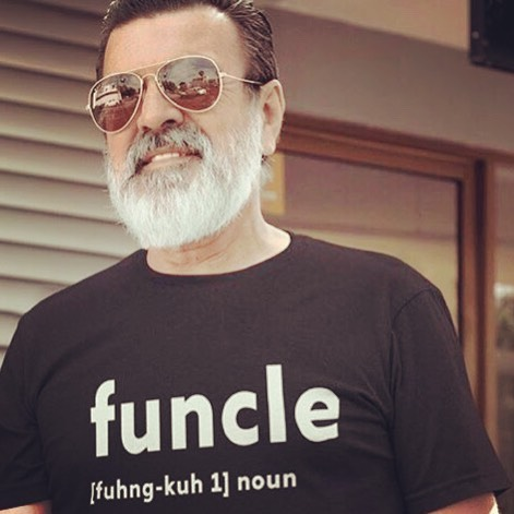 With great beard comes great responsibility, with no kids comes no problems. #fununcle #fununcleflower