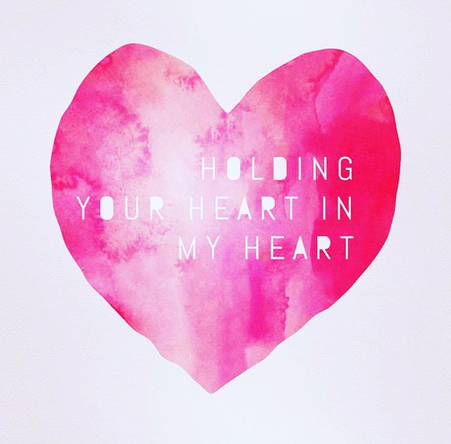 💗💗💗 #Repost @elizabeth_gilbert_writer ・・・ Holding your heart in my heart if this is your first Thanksgiving after the death of a loved one. Holding your heart in my heart if this is your first Thanksgiving after a divorce. Holding your heart in my heart if you can't be with your family this year. Holding your heart in my heart if you are estranged from your family. Holding your heart in my heart if you have a family member serving in the military, or if you yourself are serving. Holding your heart in my heart if you have to work today. Holding your heart in my heart if you are missing a loved one at your table today because of addiction or mental illness or sickness or anger. Holding your heart in my heart if this is your first Thanksgiving in sobriety. Holding your heart in my heart if you struggle with food, and you feel like nobody understands. Holding your heart in my heart if family holidays bring up nothing but memories of suffering for you. Holding your heart in my heart if you are alone, or if you are just feeling alone in the crowd. Holding your heart in my heart today, all day long. Holidays aren't always easy. But you are loved. Please know that you are loved. Unclench your fist and lay your hand on your heart. It's all gonna be alright.  We love you.