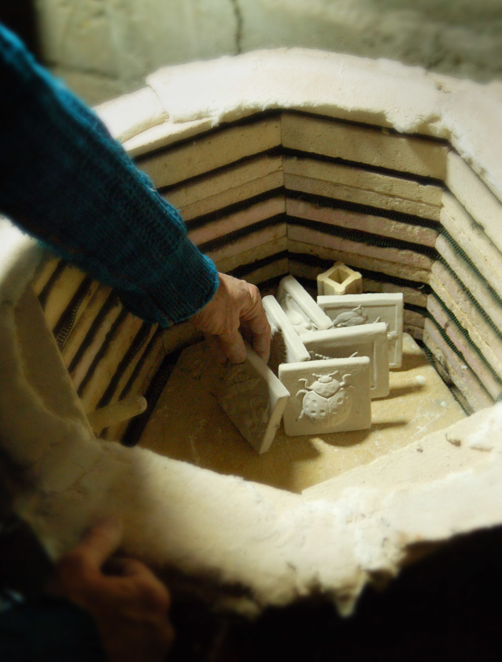 studio bisque kiln.jpg