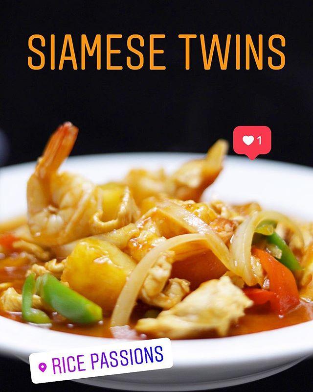Siamese Twins for dinner. 😋 #ithotoutside #eathealthy . . . #ricepassions #lunchideas  #revereboston  #lunchideas #dessertporn  #bostonblogger #thaiicedtea #bubbletea #bobatea  #igersboston #igboston617 #bostontravel  #reverebeach #loganairport  #travelerinboston  #eat617 #healthyeating #summerspecial #newmenu #siamesetwins #thaifood