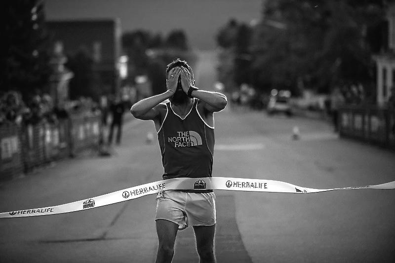 In Summer 2014, Rob Krar won 3 100-mile ultra marathons.
