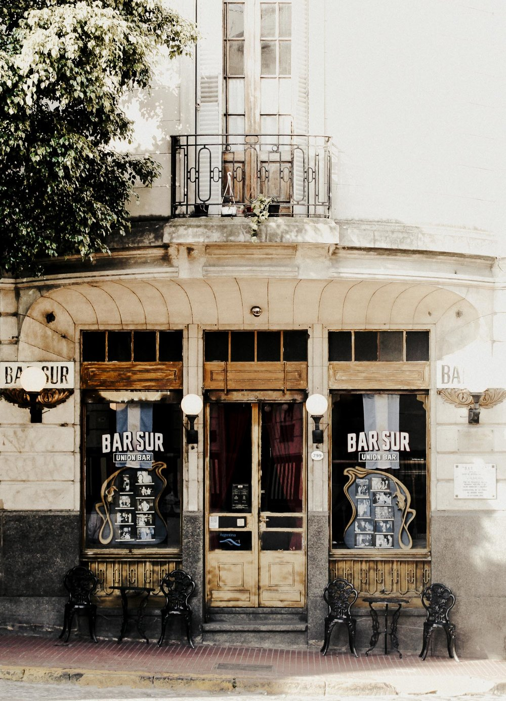 Bar Sur. San Telmo, Argentina 2015.