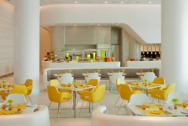 auhay-restaurant-2695-hor-clsc.jpg