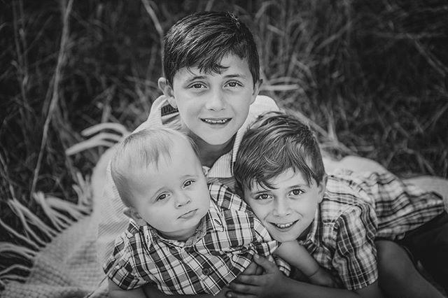:: F a m i l y :: #jennifervellophotography #wollongongphotographer  #fairymeadow #illawarraphotographer #southcoastphotographer #childrenphotography  #familyphotography #lifestylephotographer
