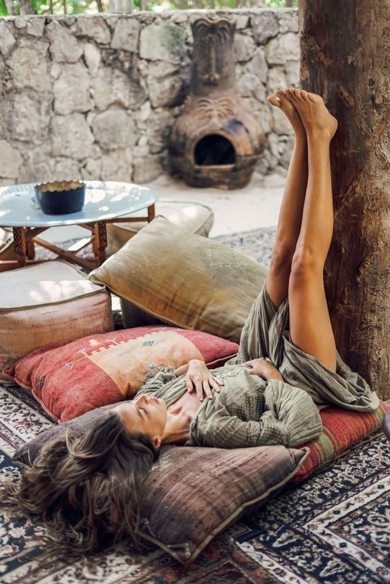 Fountain of Youth aka Legs up the Wall ( Viparita Karani ) lowers blood pressure, relaxes the heart and mind, and all you need is a wall! Image via Pinterest.