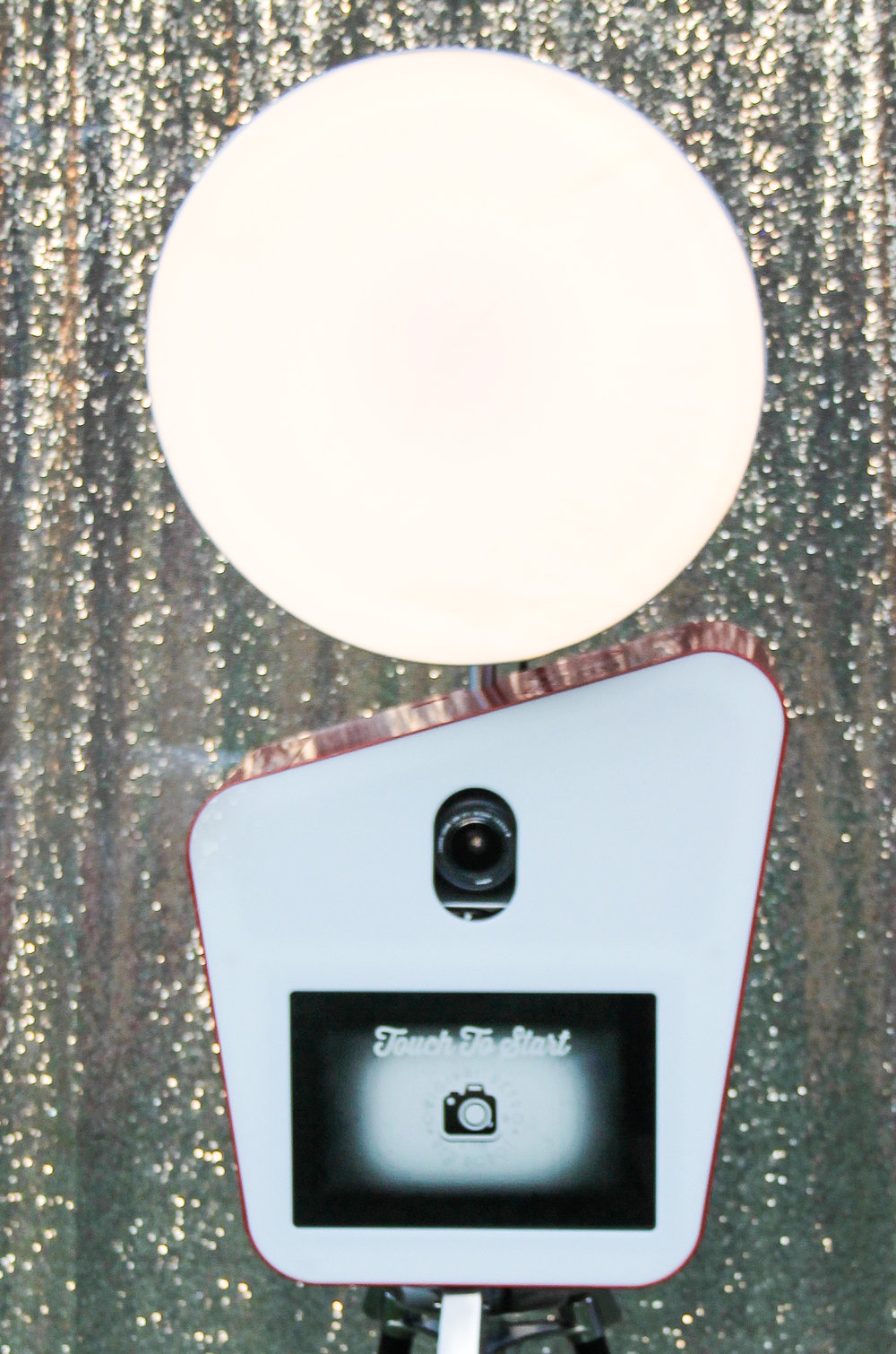 Photobooth dish