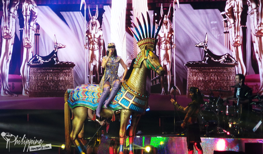"""DARK HORSE"" PH ARENA PERFORMANCE"