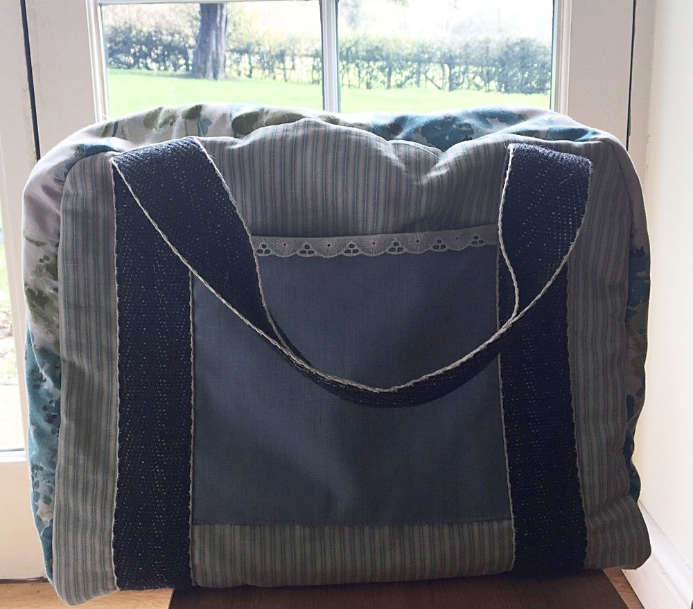 - Here's one I made earlier...my very own bag for my sewing machine