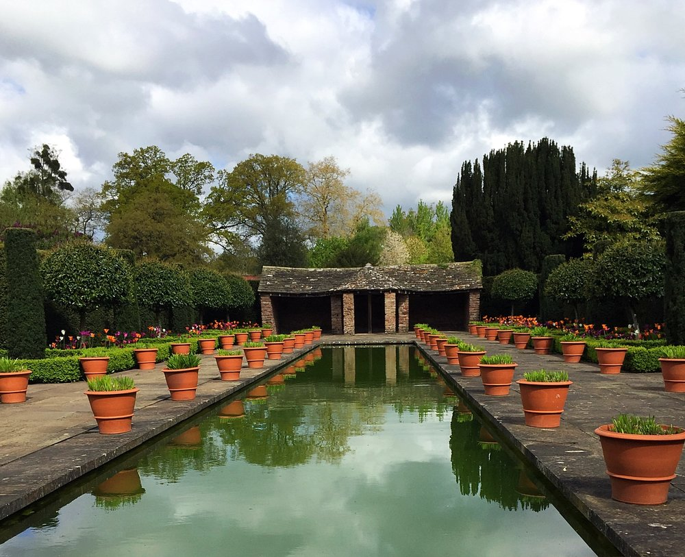 Feels utterly Zen, Hampton Court Garden (Source: thesimpleedit)