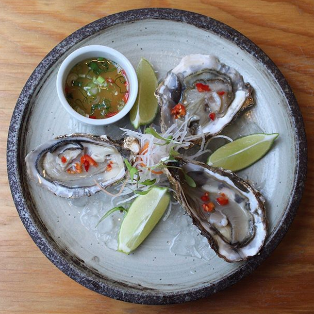 Oysters, Nahm Jim Dressing