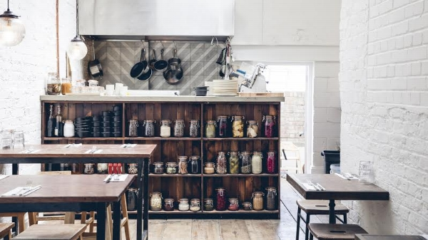 Rök Shoreditch - Formerly known as Rök Smokehouse, our first site still retains the character and identity of its intimate setting with our focus on slow cooked meats and cocktails taking root here.