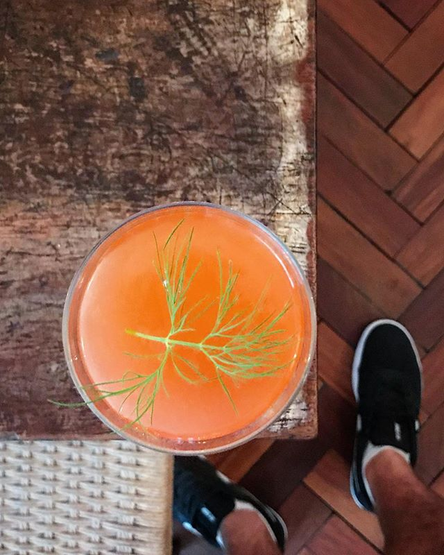 🔴Red light district. Mezcal, strawberry & dill shrub, lemon 🍋