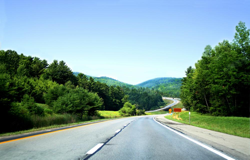 highway-shutterstock_1641449.jpg