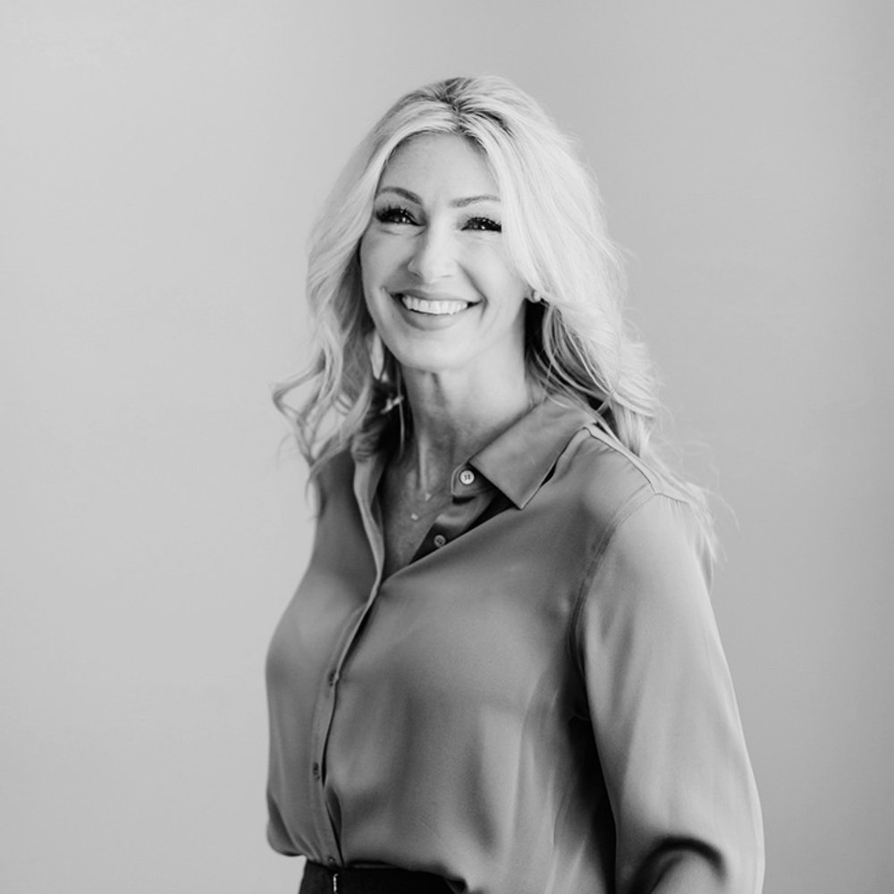 STACY JONES  Owner & Vice President  Stacy has elevated the real estate marketing industry with inspired consumer-focused branding, product placements, high profile cross-promotions. With 20+ years of consumer marketing experience; including numerous advertising campaigns for Fortune 500 companies.