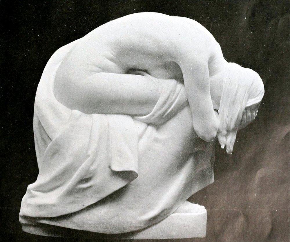 1226px-Bertram_Mackennal_-_Grief.jpg