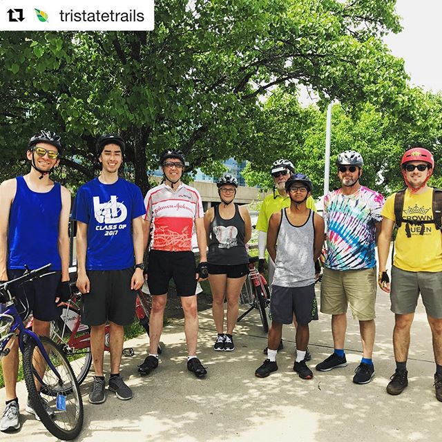 #Repost @tristatetrails with @get_repost ・・・ Successful ride from @uofcincy to @xavieruniversity and back! Thank you to everyone that joined us! We checked out the proposed #CROWNCincinnati trail connection and had some fun along the way. #cincybikemonth #getsomeonebiking #tristatetrails #seeyouonthetrail #ridebikesbehappy #sundayfunday