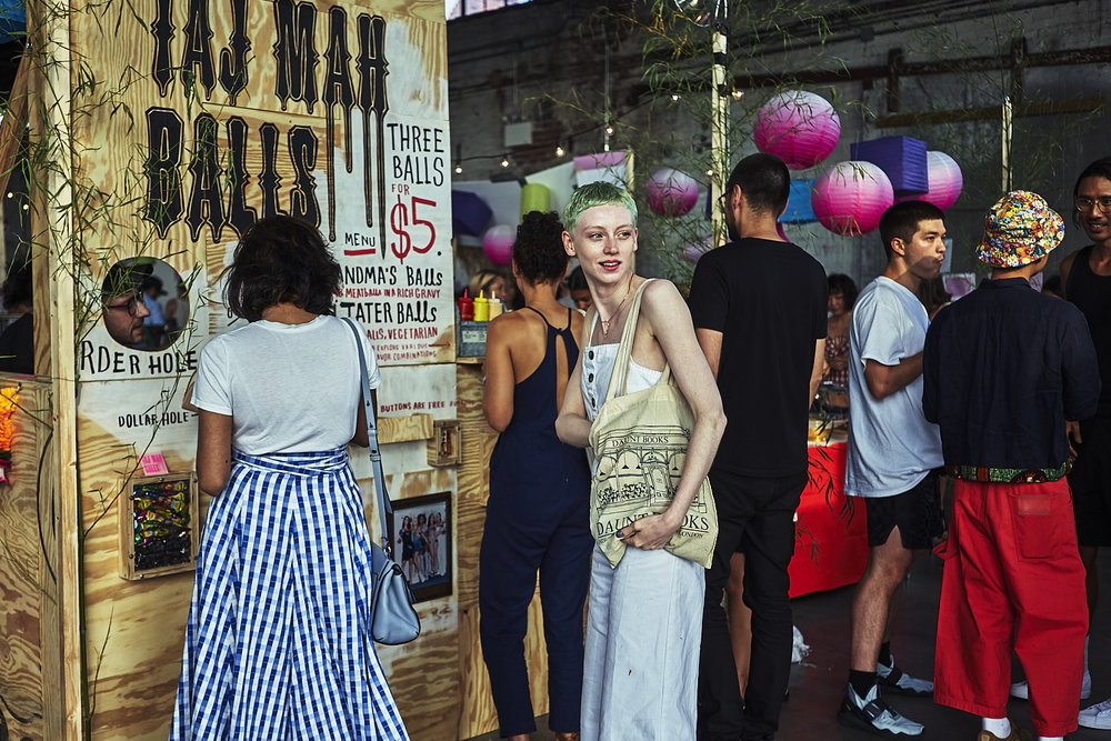 Taj Mah Balls Happy Family Night Market 2018 Photo by An Rong Xu