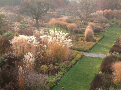 Hermannshof Planting Beds with autumn grasses