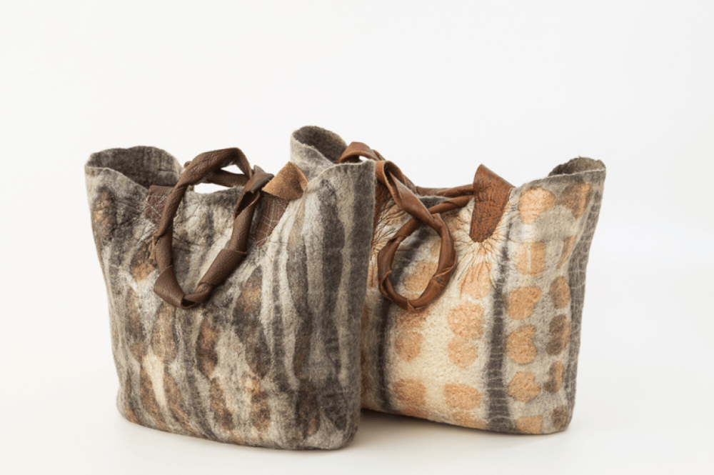 Eco Print Felt Bag  September 22nd & 23rd 2018  Make it in Wales at Ystrad Organic Wool Farm, Brechfa  for more information and bookings  here