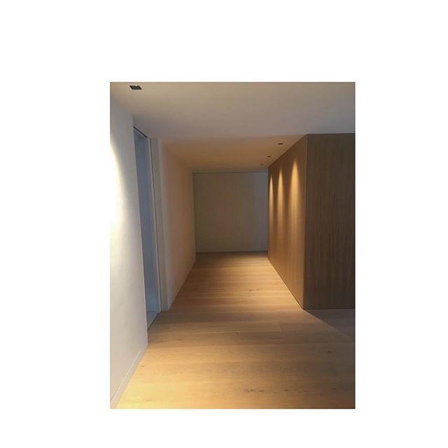 #reforma #interiorismo #interiores #wood #lighting #iluminacion #architecture #interiordesign #arquitetura #diseñodeinteriores