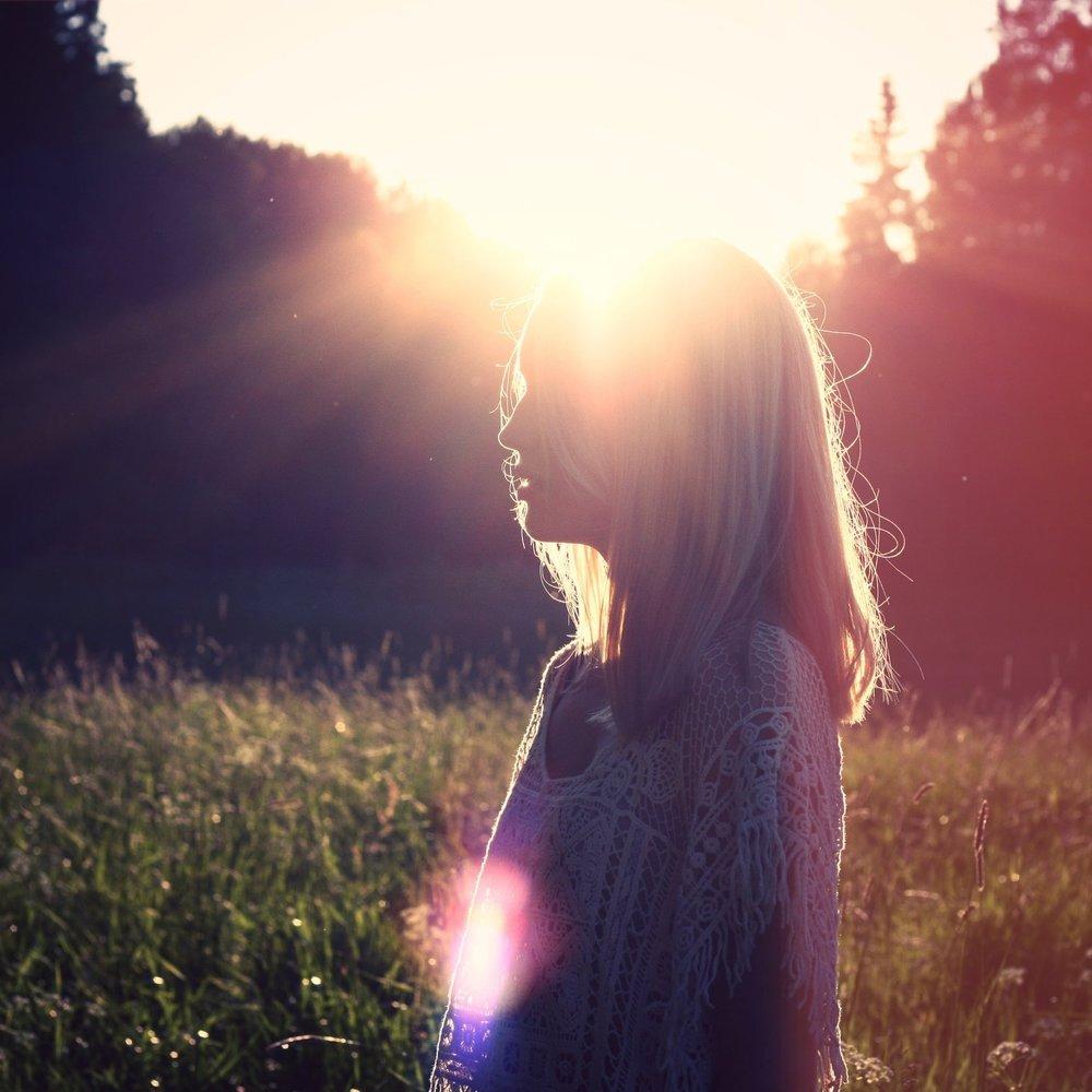 beautiful-lens-flare-nature-7643.jpg