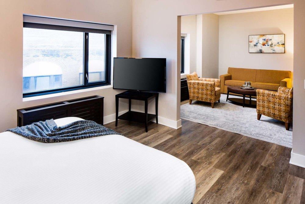 Watt-Hotel-Guest-Room-00043.jpg