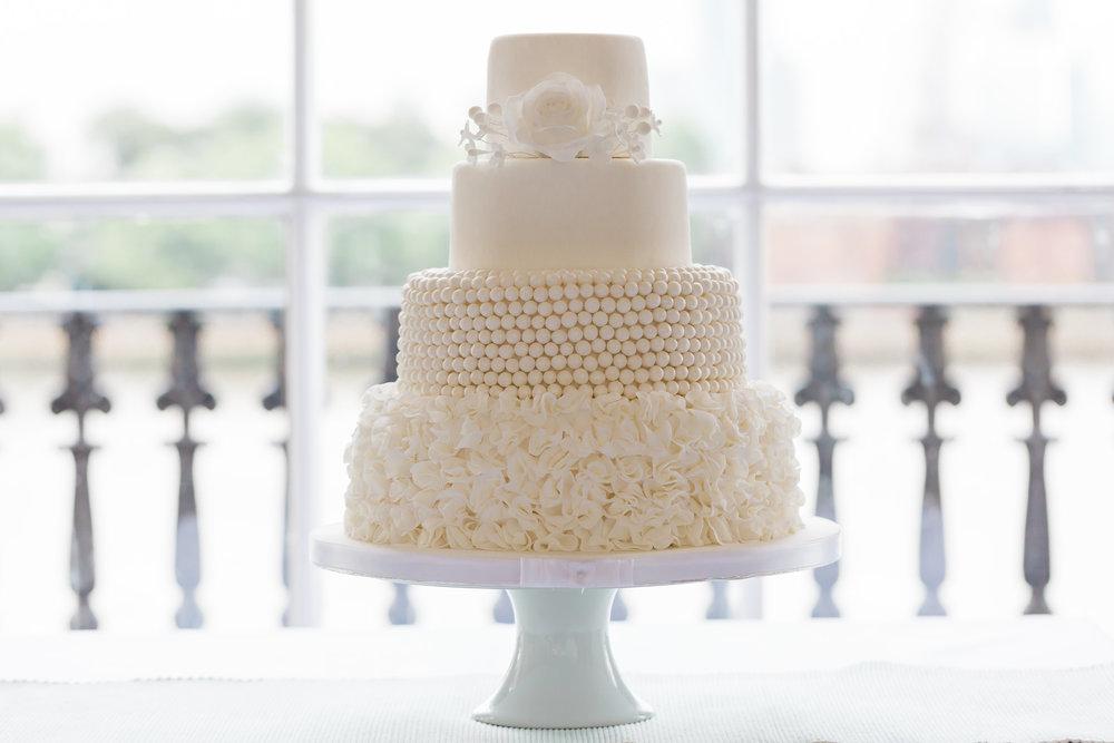 beautiful-white-wedding-cake.jpg