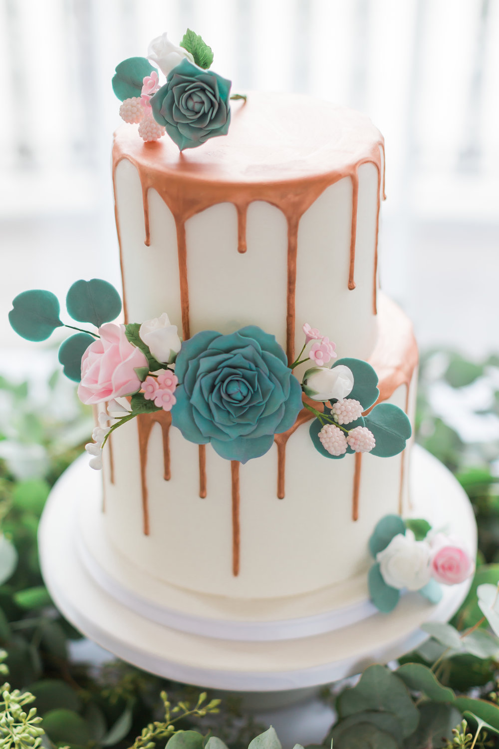 wedding-drip-cake-London.jpg