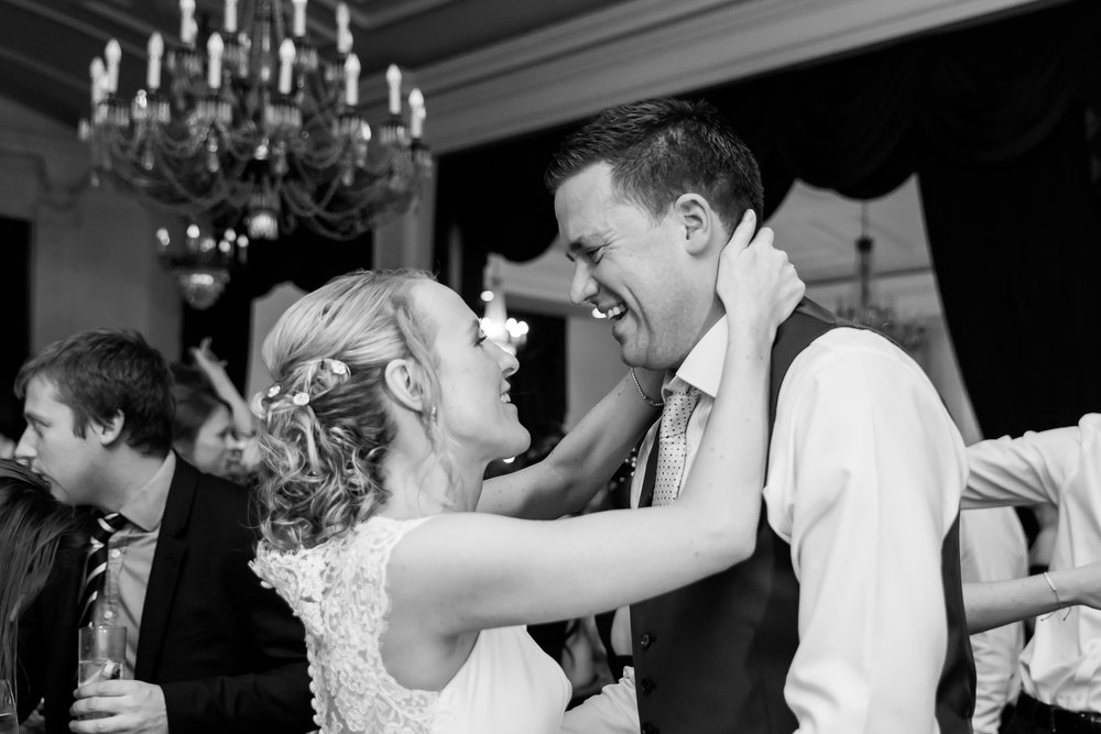 romantic-wedding-photgraphy.jpg