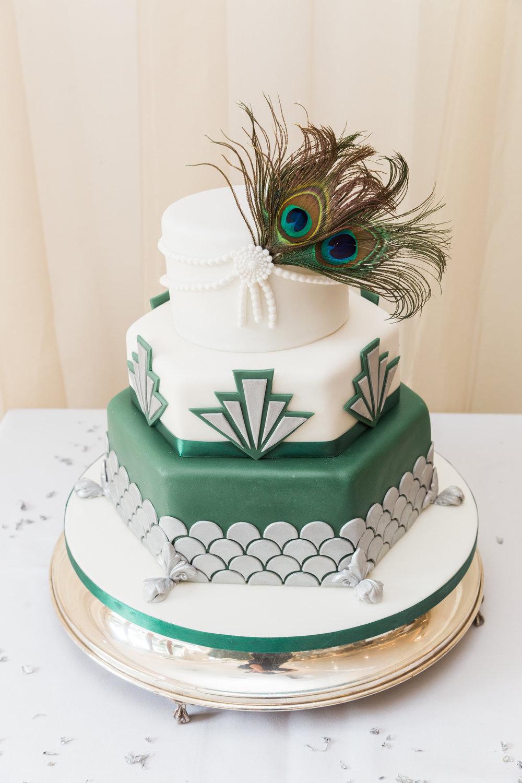 vintage peacock feathers wedding cake.jpg